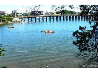 Photo 9:  in VICTORIA: Vi Burnside Condo for sale (Victoria)  : MLS®# 402945