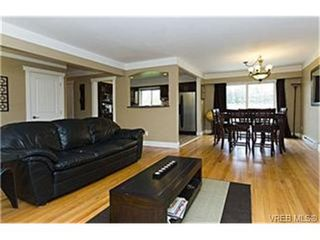 Photo 2: 3913 Ansell Road in VICTORIA: SE Mt Tolmie Single Family Detached for sale (Saanich East)  : MLS®# 246312