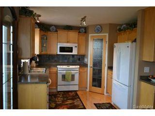 Photo 2: 1502 Kenderdine Road in Saskatoon: Arbor Creek Single Family Dwelling for sale (Saskatoon Area 01)  : MLS®# 511015