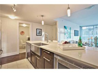 Photo 5: # 803 888 HOMER ST in Vancouver: Downtown VW Condo for sale (Vancouver West)  : MLS®# V1092886
