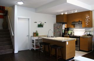 Photo 13: 102 7428 BYRNEPARK WALK in Burnaby: South Slope Townhouse for sale (Burnaby South)  : MLS®# R2086383