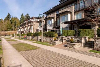 Photo 3: 102 7428 BYRNEPARK WALK in Burnaby: South Slope Townhouse for sale (Burnaby South)  : MLS®# R2086383