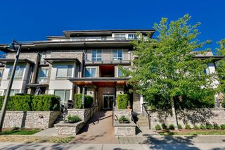 Photo 1: 102 7428 BYRNEPARK WALK in Burnaby: South Slope Townhouse for sale (Burnaby South)  : MLS®# R2086383