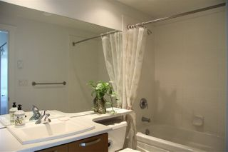 Photo 11: 102 7428 BYRNEPARK WALK in Burnaby: South Slope Townhouse for sale (Burnaby South)  : MLS®# R2086383