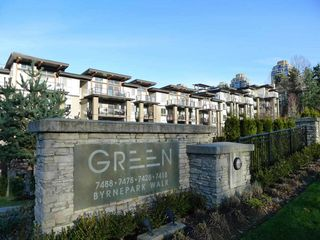 Photo 2: 102 7428 BYRNEPARK WALK in Burnaby: South Slope Townhouse for sale (Burnaby South)  : MLS®# R2086383