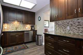 Photo 6: 403 15340 19A Avenue in Surrey: King George Corridor Condo for sale (South Surrey White Rock)  : MLS®# R2353532
