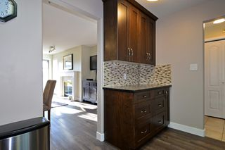 Photo 7: 403 15340 19A Avenue in Surrey: King George Corridor Condo for sale (South Surrey White Rock)  : MLS®# R2353532