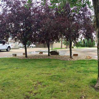 Photo 2: 29, 9935 167 Street in Edmonton: Zone 22 Townhouse for sale : MLS®# E4170526
