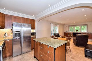 Photo 7: 290 Manchester Drive in Newmarket: Bristol-London House (2-Storey) for sale : MLS®# N4590588