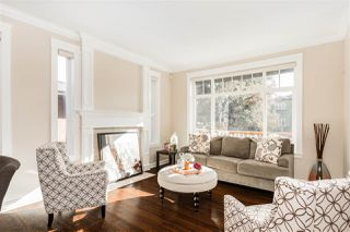 Photo 2: 3421 E 4TH Avenue in Vancouver: Renfrew VE House for sale (Vancouver East)  : MLS®# R2426757