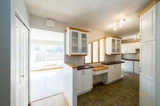Photo 3: 216 GRANDIN Village: St. Albert Townhouse for sale : MLS®# E4195028