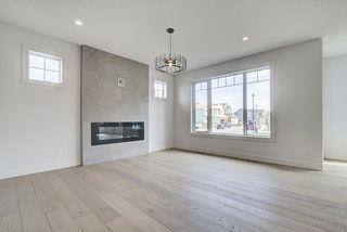 Photo 4: 8927 20 Avenue in Edmonton: Zone 53 House for sale : MLS®# E4203196