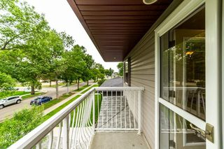 Photo 14: 9355 94 Street in Edmonton: Zone 18 House Half Duplex for sale : MLS®# E4205323
