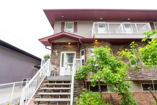 Photo 1: 9355 94 Street in Edmonton: Zone 18 House Half Duplex for sale : MLS®# E4205323