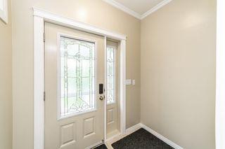 Photo 3: 9355 94 Street in Edmonton: Zone 18 House Half Duplex for sale : MLS®# E4205323