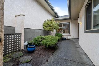 Photo 5: 25 4360 Emily Carr Dr in Saanich: SE Broadmead Row/Townhouse for sale (Saanich East)  : MLS®# 841495