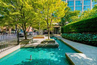 Photo 21: 2001 1188 HOWE Street in Vancouver: Downtown VW Condo for sale (Vancouver West)  : MLS®# R2493412