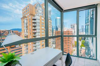 Photo 9: 2001 1188 HOWE Street in Vancouver: Downtown VW Condo for sale (Vancouver West)  : MLS®# R2493412