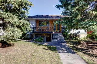 Main Photo: 3532 7 Avenue SW in Calgary: Spruce Cliff Detached for sale : MLS®# A1030915