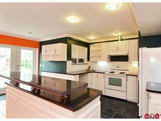 Photo 7: 10310 143RD Street in Surrey: Whalley House for sale (North Surrey)  : MLS®# F1228954