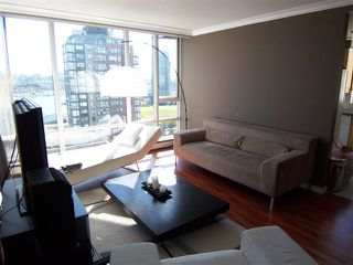"""Photo 7: # 1601 1201 MARINASIDE CR in Vancouver: Yaletown Condo for sale in """"THE PENINSULA"""" (Vancouver West)  : MLS®# V939947"""