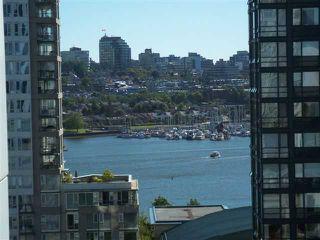 """Photo 11: # 1601 1201 MARINASIDE CR in Vancouver: Yaletown Condo for sale in """"THE PENINSULA"""" (Vancouver West)  : MLS®# V939947"""
