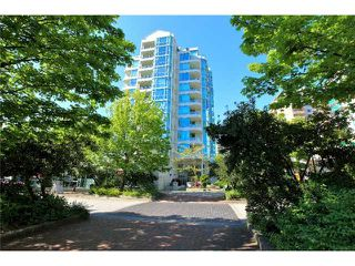 Photo 5: 403 140 E 14TH Street in North Vancouver: Central Lonsdale Condo for sale : MLS®# V1006221