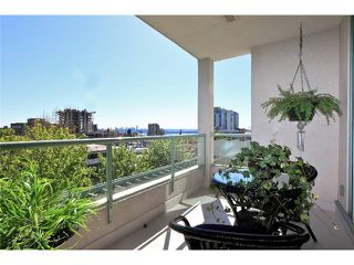 Photo 2: 403 140 E 14TH Street in North Vancouver: Central Lonsdale Condo for sale : MLS®# V1006221
