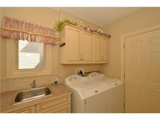 Photo 13: 259 GLENEAGLES View: Cochrane Residential Detached Single Family for sale : MLS®# C3624028