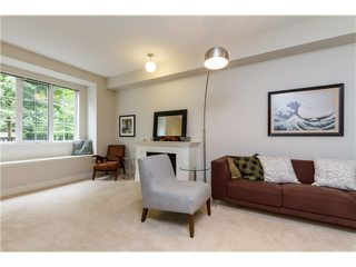"""Photo 5: 2 8533 CUMBERLAND Place in Burnaby: The Crest Townhouse for sale in """"CHANCERY LANE"""" (Burnaby East)  : MLS®# V1074166"""