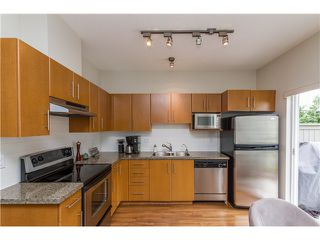 """Photo 8: 2 8533 CUMBERLAND Place in Burnaby: The Crest Townhouse for sale in """"CHANCERY LANE"""" (Burnaby East)  : MLS®# V1074166"""