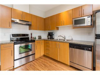"""Photo 7: 2 8533 CUMBERLAND Place in Burnaby: The Crest Townhouse for sale in """"CHANCERY LANE"""" (Burnaby East)  : MLS®# V1074166"""