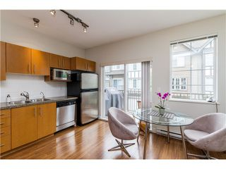 """Photo 9: 2 8533 CUMBERLAND Place in Burnaby: The Crest Townhouse for sale in """"CHANCERY LANE"""" (Burnaby East)  : MLS®# V1074166"""