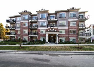 """Main Photo: 402 19530 65TH Avenue in Surrey: Clayton Condo for sale in """"WILLOW GRAND"""" (Cloverdale)  : MLS®# F1418873"""