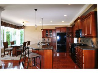 Photo 2: New listing, Maple Ridge