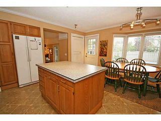 Photo 7: 115 LAKE MEAD Drive SE in CALGARY: Lk Bonavista Estates Residential Detached Single Family for sale (Calgary)  : MLS®# C3633844