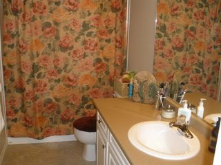 Photo 2: 19-2210 Qu'Appelle Blvd in Kamloops: Juniper Heights House Duplex for sale : MLS®# 126502