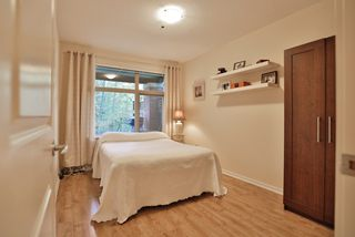 Photo 14: 102 400 KLAHANIE DRIVE in Port Moody: Port Moody Centre Condo for sale : MLS®# R2013966