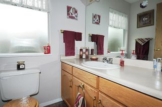 Photo 11: 9013 HAMMOND STREET in Mission: Mission BC House for sale : MLS®# R2010856