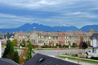 Photo 12: 21091 79A AVENUE in Langley: Willoughby Heights Condo for sale : MLS®# R2120936