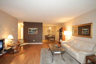 Photo 3: 106 - 20460 54 Ave in Langley: Langley City Condo for sale : MLS®# R2041657