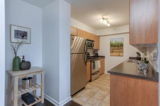 Photo 7: 10180 104 ST NW in Edmonton: Zone 12 Condo for sale : MLS®# E4145073