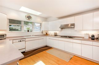 Photo 3: 342 W 26TH Avenue in Vancouver: Cambie House for sale (Vancouver West)  : MLS®# R2395334