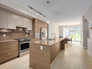 """Main Photo: 38 6088 BERESFORD Street in Burnaby: Metrotown Townhouse for sale in """"Highland Park"""" (Burnaby South)  : MLS®# R2404128"""