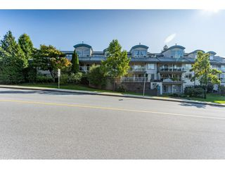 Photo 2: 104 11519 BURNETT Street in Maple Ridge: East Central Condo for sale : MLS®# R2412144