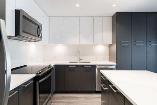 Photo 2: 209 2382 ATKINS Avenue in Port Coquitlam: Central Pt Coquitlam Condo for sale : MLS®# R2419655