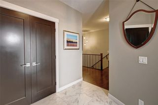 Photo 3: 88 SIERRA MORENA Manor SW in Calgary: Signal Hill Semi Detached for sale : MLS®# C4292022