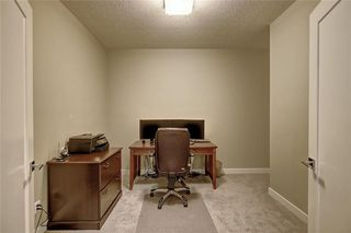 Photo 33: 88 SIERRA MORENA Manor SW in Calgary: Signal Hill Semi Detached for sale : MLS®# C4292022