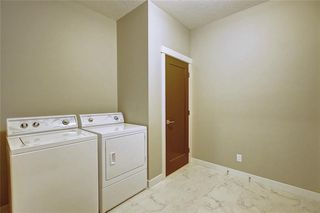 Photo 25: 88 SIERRA MORENA Manor SW in Calgary: Signal Hill Semi Detached for sale : MLS®# C4292022