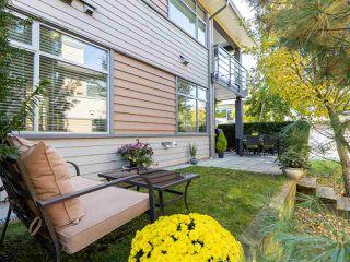 "Photo 3: 49 2603 162 Street in Surrey: Grandview Surrey Townhouse for sale in ""VINTERRA"" (South Surrey White Rock)  : MLS®# R2457726"